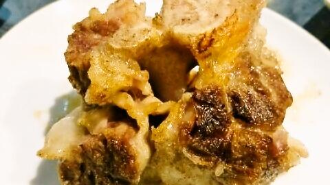 【亀戸】「10秒ロース」「テールの塩焼き」が最強に絶品な焼肉屋「肉衛門」