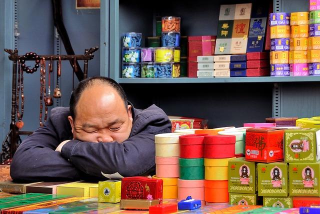 15分の昼寝が効率的なのは会社だからで自宅作業だと無理