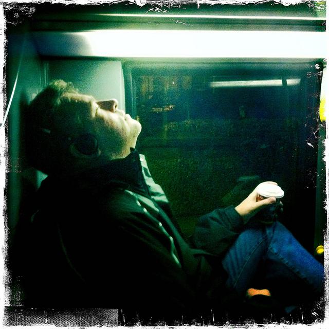高速バス、深夜バス移動が大好きな4つの理由