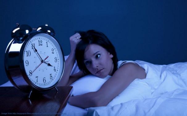 寝れない夜は「Kindle PaperWhite」で本を貪り読む!!